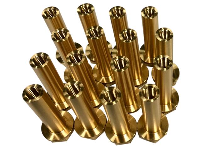 Serieproduktion i små korta serier - Specialbultad gäng hylsa tillverkad i mässing - maskindel